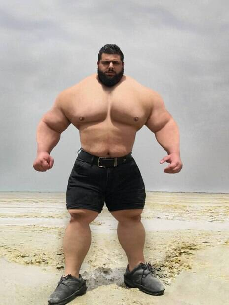 Hulk Iraniano chama lutador brasileiro de covarde