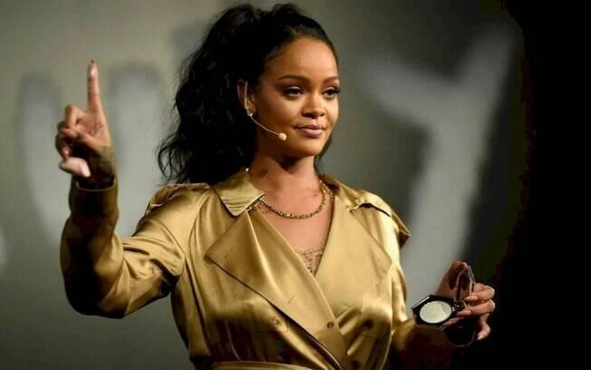 Rihanna faturou US$ 600 milhões em 2020 com suas marcas de moda e beleza