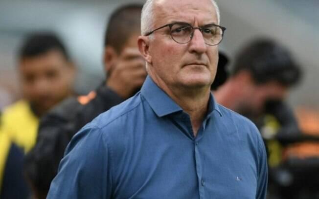 Vasco inicia negociação com Dorival Júnior