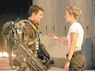Protagonista. Tom Cruise vive Cage, um relações públicas militar enviado ao front