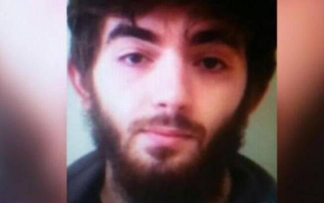 Autor do ataque é Khamzat Azimov, de 20 anos; ele nasceu na Chechênia; ele obteve nacionalidade francesa em 2010