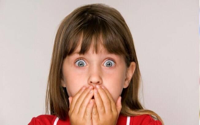 O medo infantil é mais frequente até os cinco anos de idade e os pais podem ajudar seus filhos a superarem essa fase