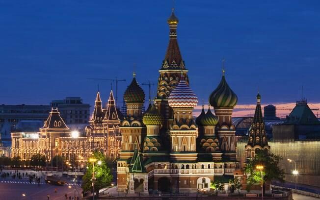 O tour na capital Moscou começa pela Praça Vermelha