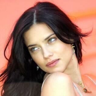 Adriana Lima é geminiana
