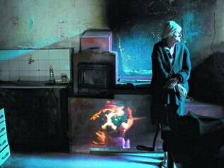 Convivência. Ensaio baseado no cotidiano de duas mulheres, Luisa e Ávila (foto), gera novo trabalho da fotógrafa mineira