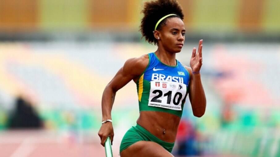 Brasileira ficou fora das semis dos 400m rasos nos Jogos Olímpicos de Tóquio
