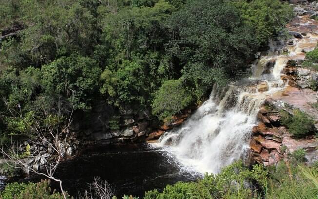 Poço do Diabo, uma das atrações à beria do Rio Mucugezinho