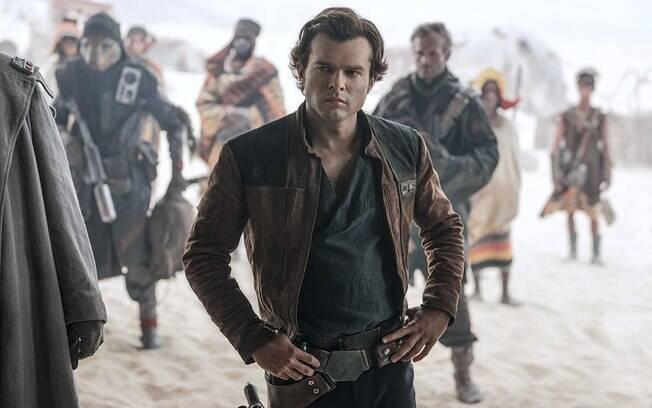 Alden Ehrenreich como Han Solo em cena do filme da Disney