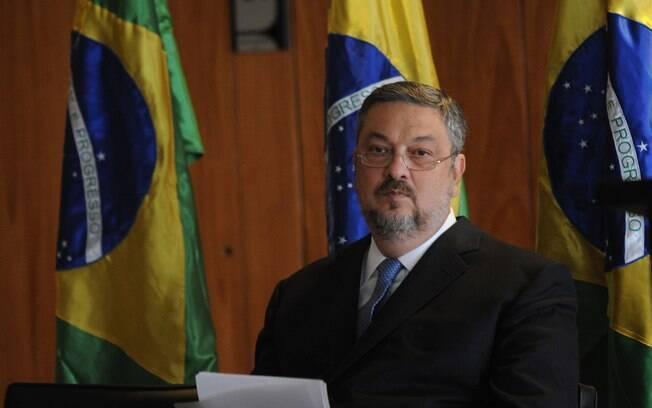 Segundo MPF, houve intensa negociação entre Marcelo Odebrecht, Guido Mantega e Antônio Palocci (foto)