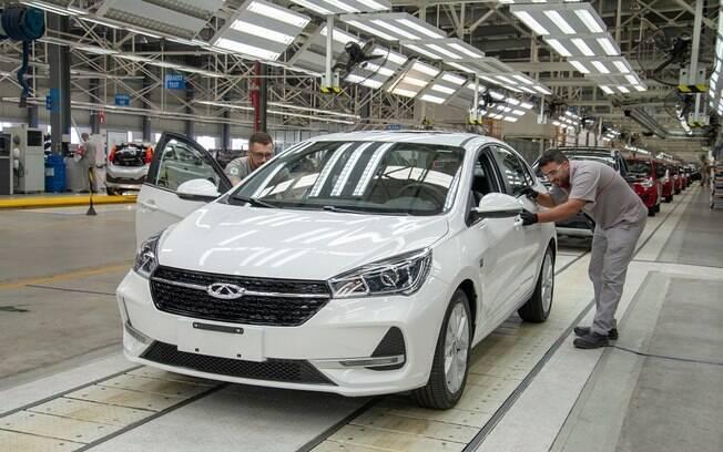 Linha de montagem do Caoa Chery Arrizo 5 em Jacareí: previsão de 24.000 carros produzidos nesta fábrica em 2019.