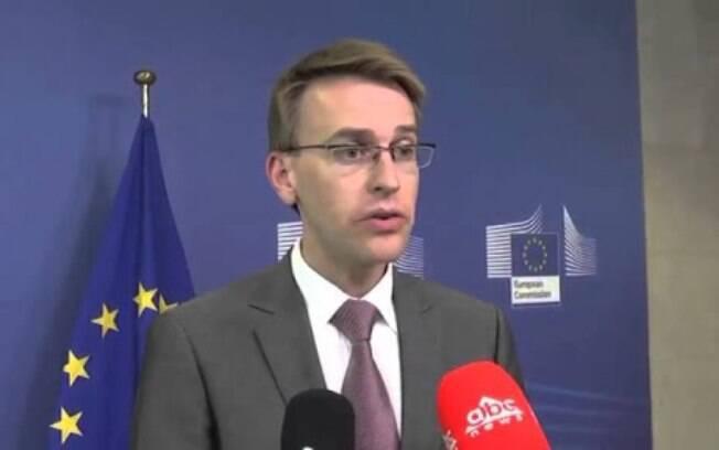 Porta-voz da Comissão Europeia, Peter Stano falou sobre conduta da imprensa russa na cobertura do coronavírus