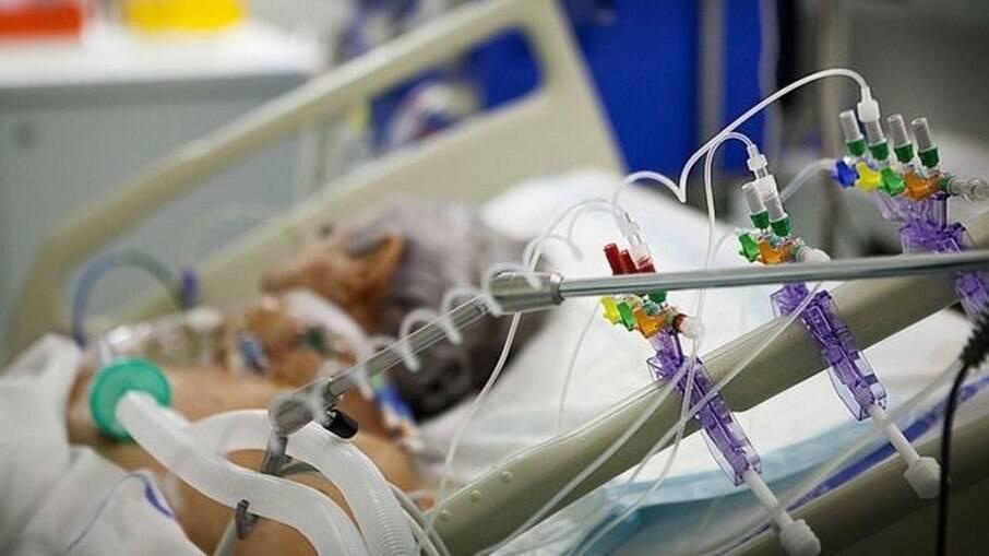 Fila para UTI chega a 230 pacientes em hospitais públicos de São Paulo