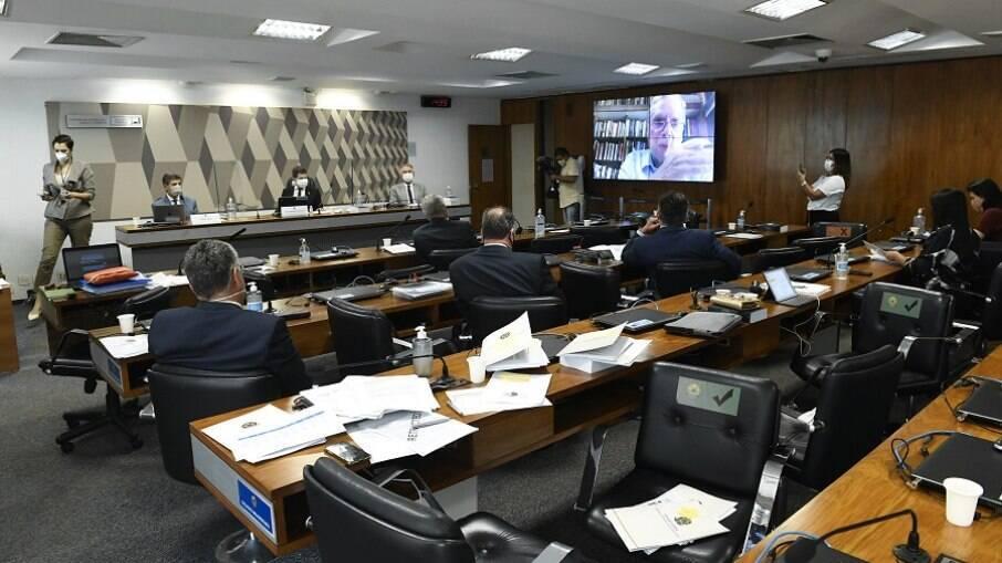 CPI da Covid ouviu o ex-ministro da Saúde Nelson Teich nesta quarta-feira (5)