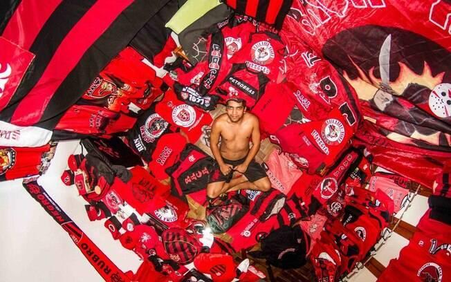 O brasil figurou entre os quartos de John Thackwray. O quato é de Claudio, de 24 anos, do Rio de Janeiro
