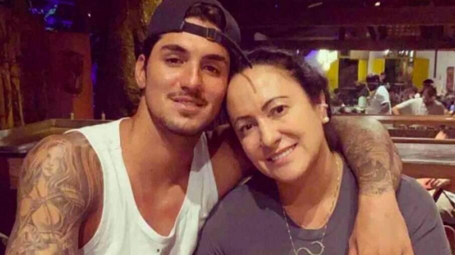 Gabriel e Simone Medina estão enfrentando uma crise familiar