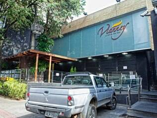 Cidades - Belo Horizonte, Mg. Suspeita de que a  padaria Vianney teria sido fechada pela vigilancia sanitaria. Fotos: Leo Fontes / O Tempo - 13.3.14