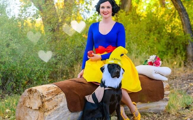 Sasha e seus cães se fantasiaram de