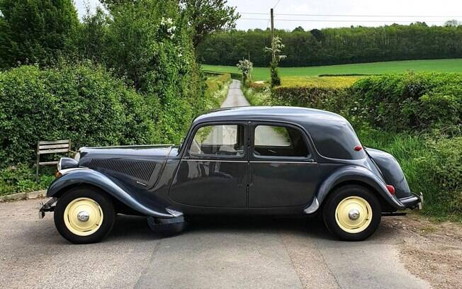 Citroën Traction Avant tinha linhas elegantes para o início dos anos 50, quando foi lançado