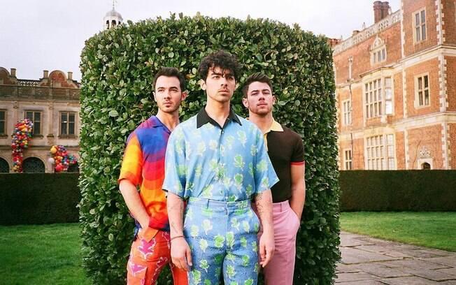 Novo álbum de Jonas Brothers já tem data de lançamento