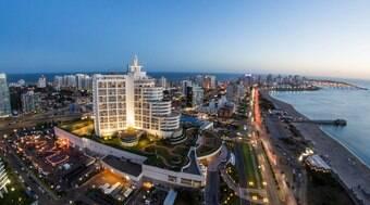 Punta del Este reúne atrações luxuosas e praias paradisíacas