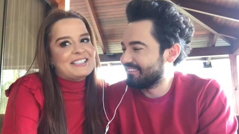 Fernando e Maiara falam sobre data de casamento