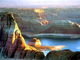 Lake Poewll: uma das mais belas vistas nos arredores da Las Vegas
