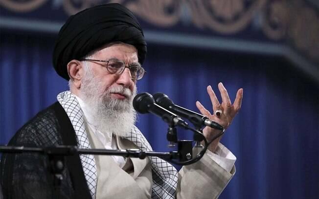 Líder supremo do Irã, aiatolá Ali Khamenei minimizou os impactos do coronavírus