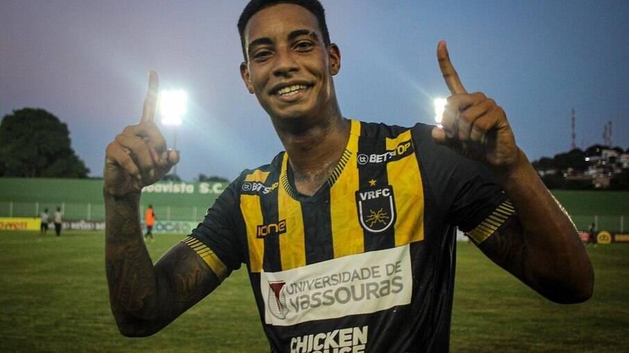 Alef Manga é oferecido ao Flamengo