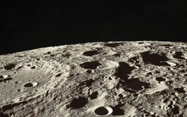 Antes do mais recente estudo da Nasa, pesquisadores do Japão encontraram evidências animadoras sobre água na Lua