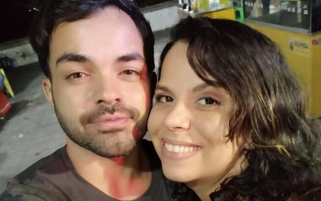 Débora e Caio alugaram um flat em Boa Viagem para se isolarem, juntos, por 15 dias