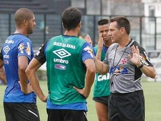 Doriva ajusta últimos detalhes antes de mais um compromisso pelo Carioca
