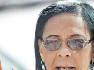 Carmosina Pereira voltou para a casa duas vezes sem o remédio desejado