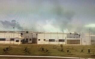 Detentos fazem rebelião e ao menos 100 fogem de penitenciária no interior de SP