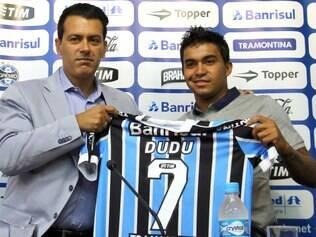 Dudu chega ao Grêmio para recuperar bom futebol e deixar para trás problemas extra-campo