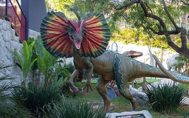 Escola de Campinas será a primeira do Brasil com parque temático de dinossauros.