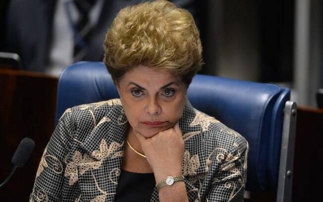 """A presidenta afastada Dilma Rousseff disse que jamais voltaria a governar com a ala do PMDB """"do mal"""""""