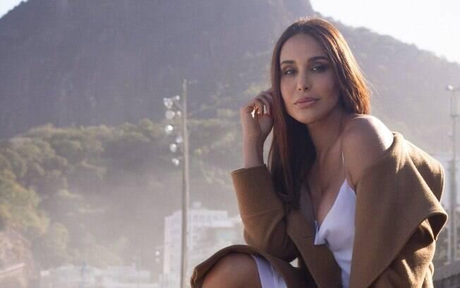 Carol Marra voltou a morar no Rio de Janeiro por conta das gravações da novela das sete:
