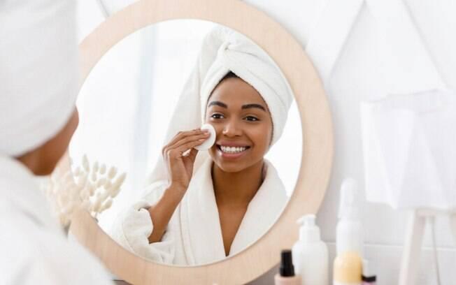 Como você remove a maquiagem? Confira o guia perfeito!