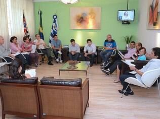 Vereadores receberam médicos em greve nesta terça em Araçatuba; impasse continua