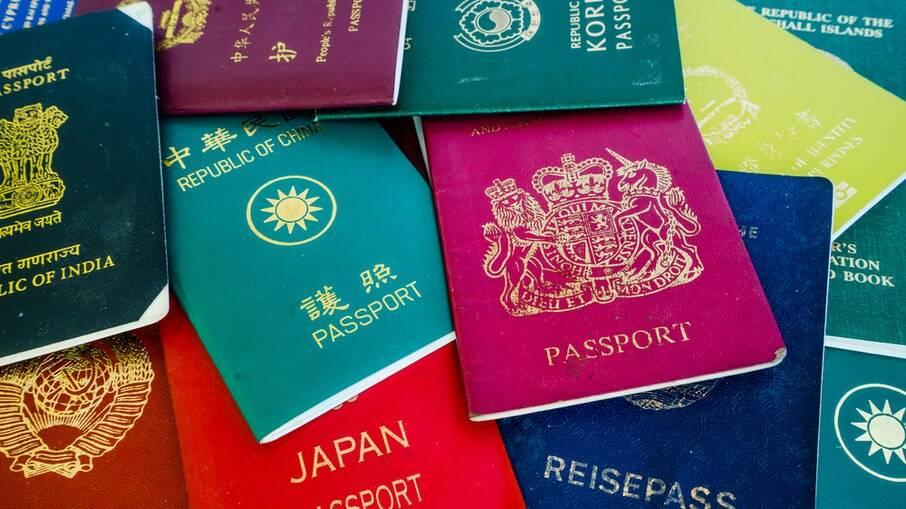 Passaportes de vários países