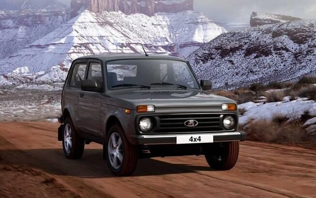 Lada Niva continua sendo vendido na Rússia. Modelo com apelo off-road já tem mais de 40 anos