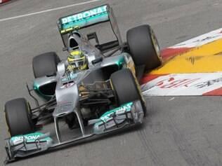 Rosberg interrompeu uma sequência de cinco vitórias consecutivas de Hamilton