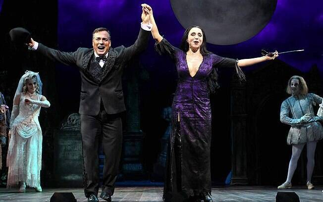 Marisa Orth e Daniel Boaventura protagonizam musical