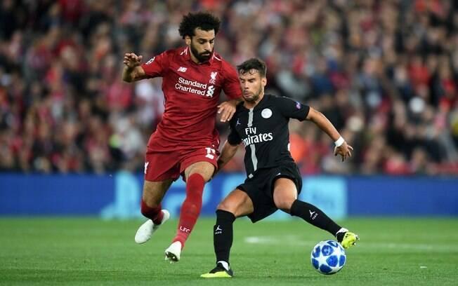 Salah passou apagado na vitória do Liverpool sobre o PSG pela Liga dos Campeões