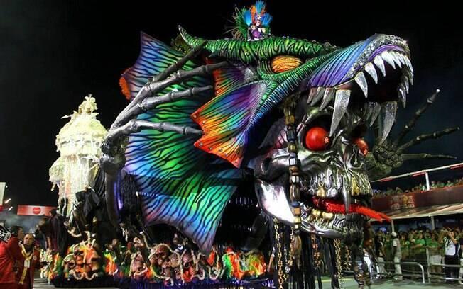 Desfile da Independente Tricolor na primeira noite de desfiles do Carnaval de São Paulo
