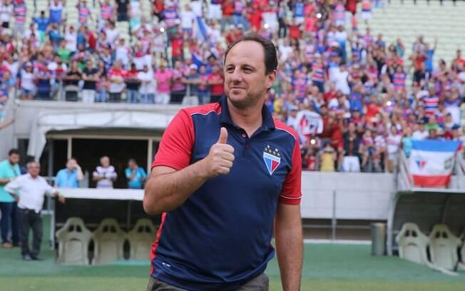 Rogério Ceni fica no Fortaleza