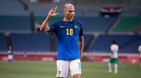 Brasil joga sem encanto, mas vence a Arábia Saudita