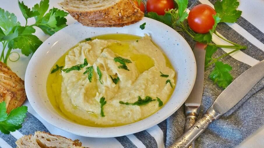 O homus é uma pasta super conhecida e deliciosa!