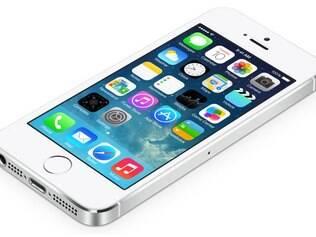 Preços do iPhone 5S são até 20% maiores que os preços de lançamento do iPhone 5, no ano passado