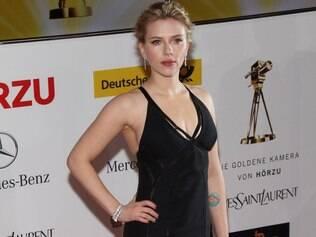 Scarlett Johansson teve celular invadido por hacker